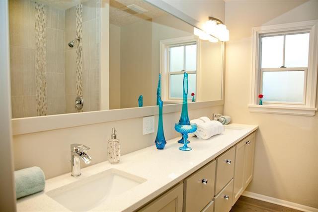 painted floating vanity bath